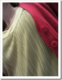 gold_tank_red_cardigan 005