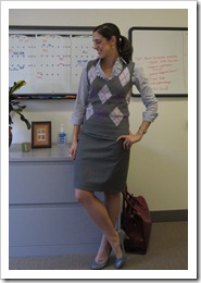 gray_skirt_sweater_vest 007