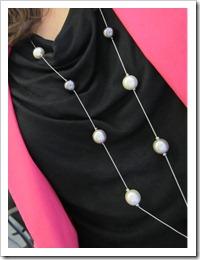 white_jeans_pink_blazer 012