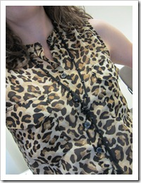 white_pants_leopard_top 006