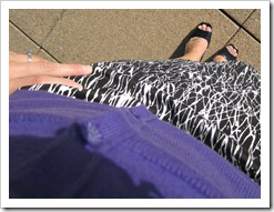 printed_skirt_purple_cardigan 011