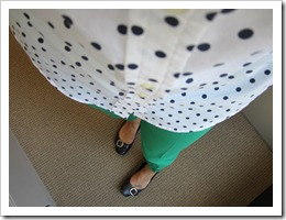 green_pants_polkadots 008
