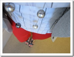 red_pants_gray_blazer 023