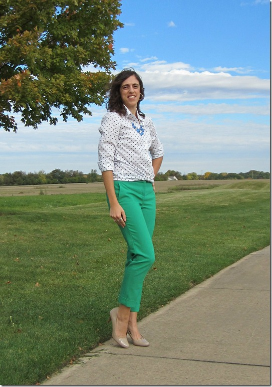 green_pants_polka_dots 044