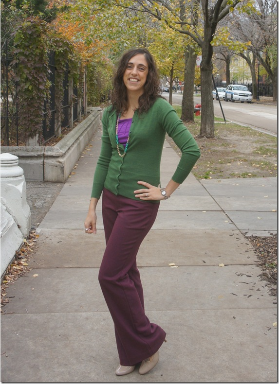 burgundy_pants_green_cardigan (4)